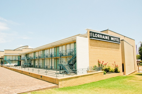 The Lorraine Motel. Photo by matt northam, used in accordance with Creative Commons License 2.0.