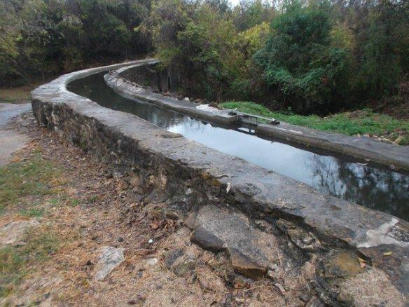 The top of the Espada aqueduct