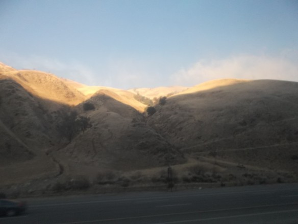 another picture of the tehachapi mountains